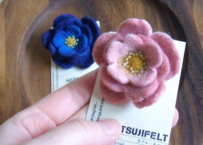 1花のブローチ.jpg